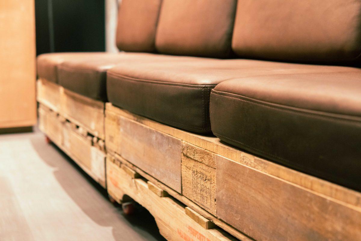 パレットのソファー
